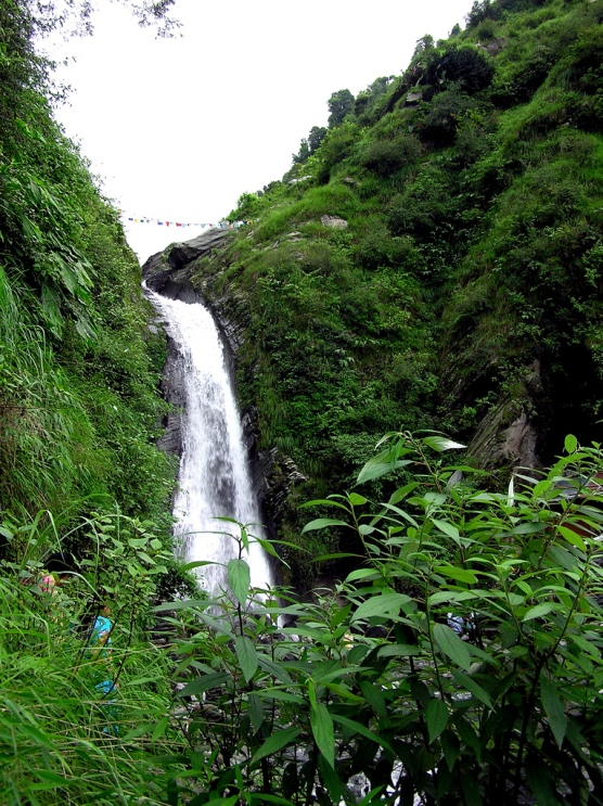 Bhagsu's_water_fall,_McLeod_Ganj,_Dharamsala (1).jpg
